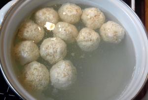 túrógombóc főzése